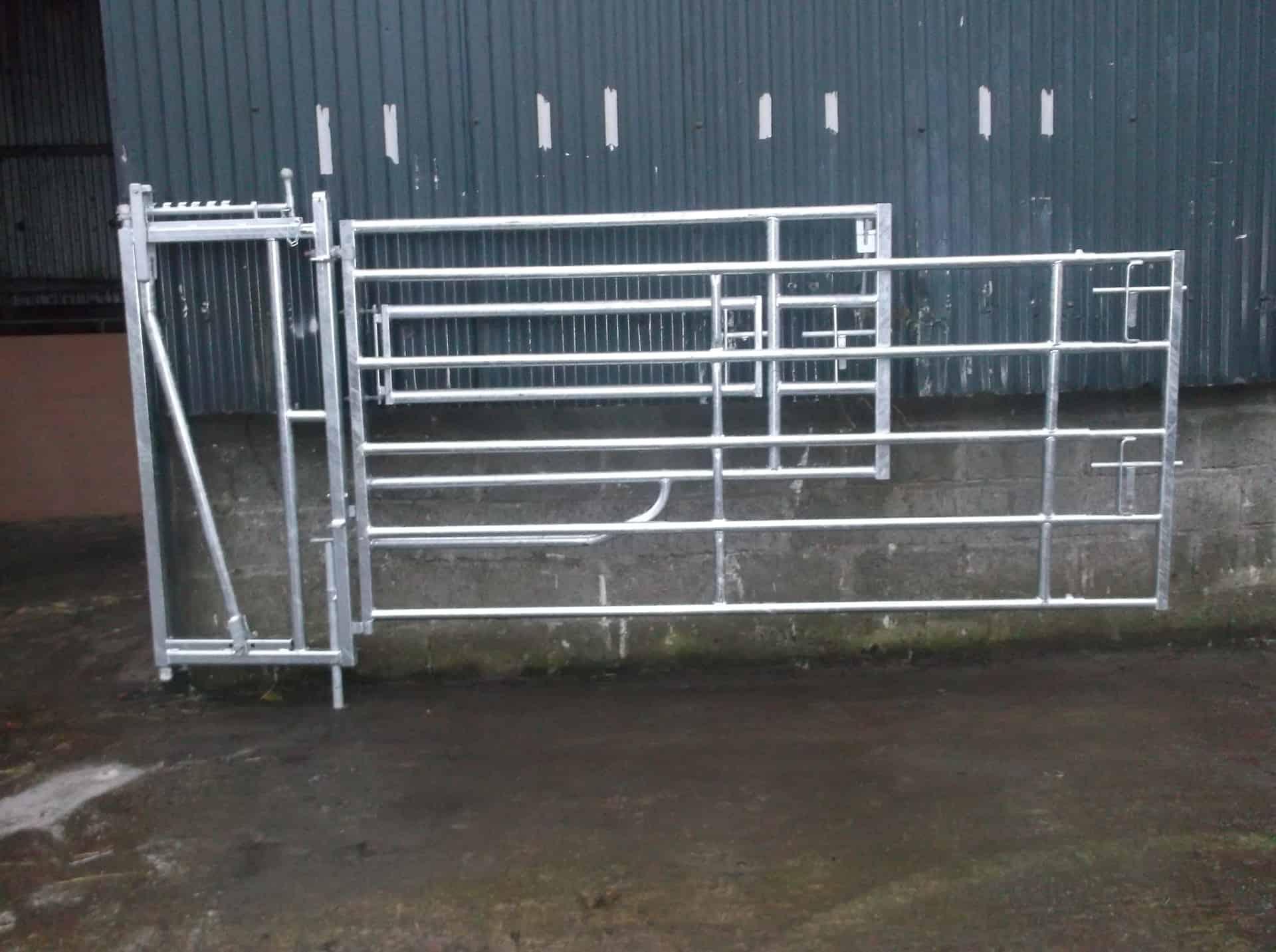 compact calving gates,